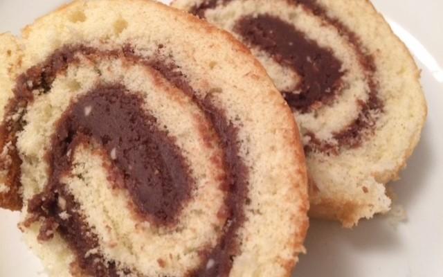 chokladrulltårta med chokladkräm
